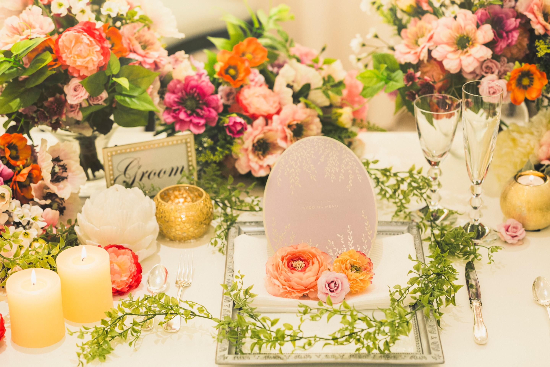 トップシーズンでもお得に賢く♪気候もよく、ゲストも大満足の結婚式に!