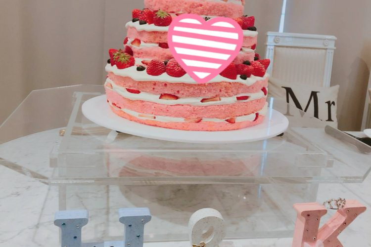 ピンク尽くしのケーキ★