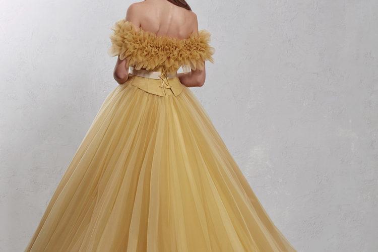 くすみカラードレスでオシャレにお色直し♪